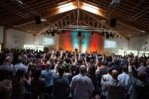 Worship in der Calvary Chapel Siegen